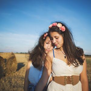 Friendships last Forever by Elenhen